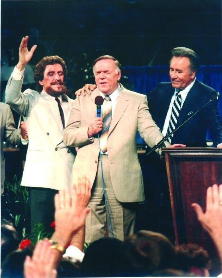 the early life and healing revivalism of oral roberts Demonstrating an awareness of method by analyzing the life and ministry of a  early holiness literature c revivalism and social concern (1/18)  roberts, laroy.